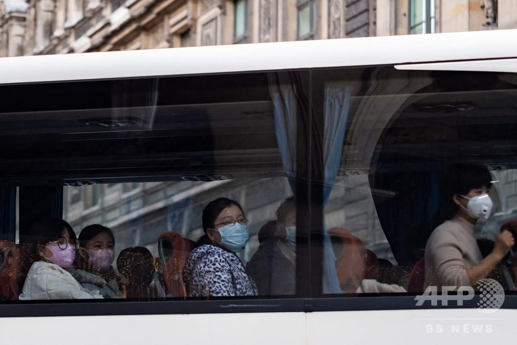 フランスで新型ウイルス感染の中国人観光客死亡 アジア以外では初