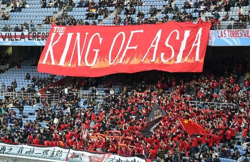 中国サッカー、巨万の富で狙うは貧しく有能な南米選手