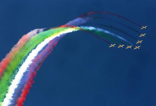 青空はキャンバス、クウェート航空ショー