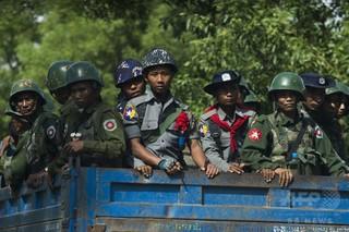 英、ミャンマー軍の訓練停止 ロヒンギャ問題で