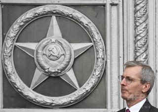 ロシア、英外交官23人追放 元スパイ襲撃めぐり報復措置