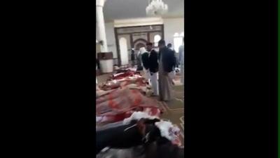 動画:エジプト・モスク襲撃、直後の現場
