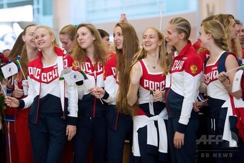 ロシア選手団、リオ五輪へ向けて出発