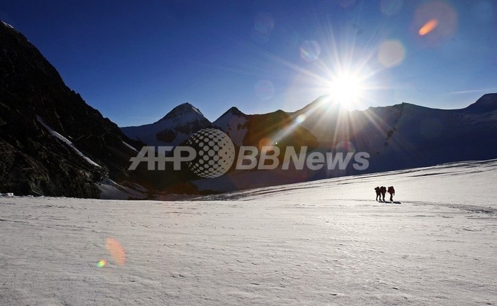 ネパール当局、チベット支持の米国人登山家を国外追放