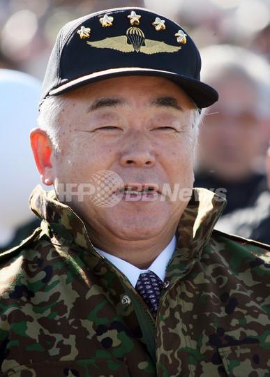 久間防衛相、長崎市長銃撃事件で失言 - 東京