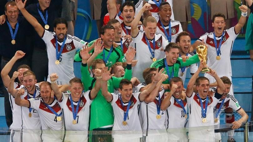 W杯制覇のドイツ、20年ぶりの世界ランク首位に