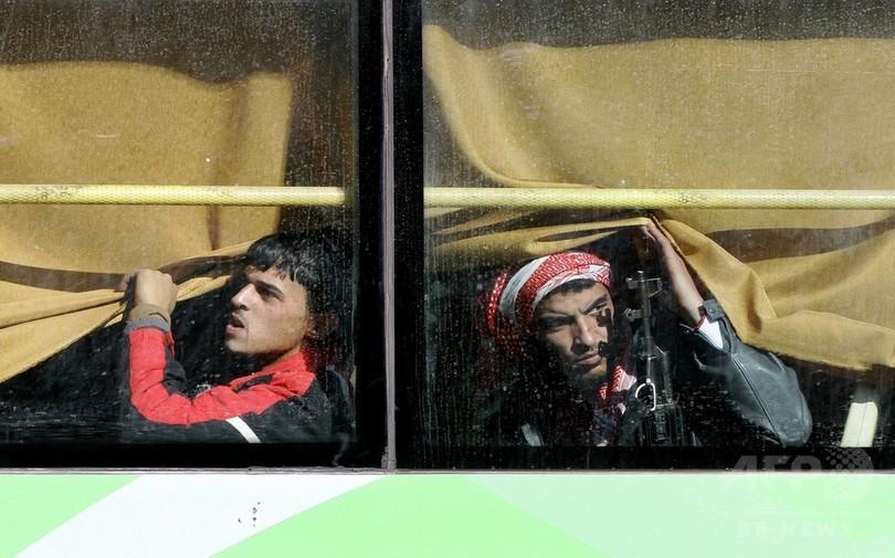 シリア・ホムスから反体制派が撤退開始、政権との停戦成立
