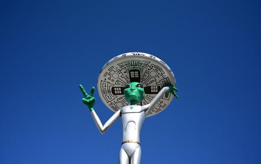 ナルト走りでエリア51に突入し宇宙人の存在確認、FBイベントに130万人参加表明