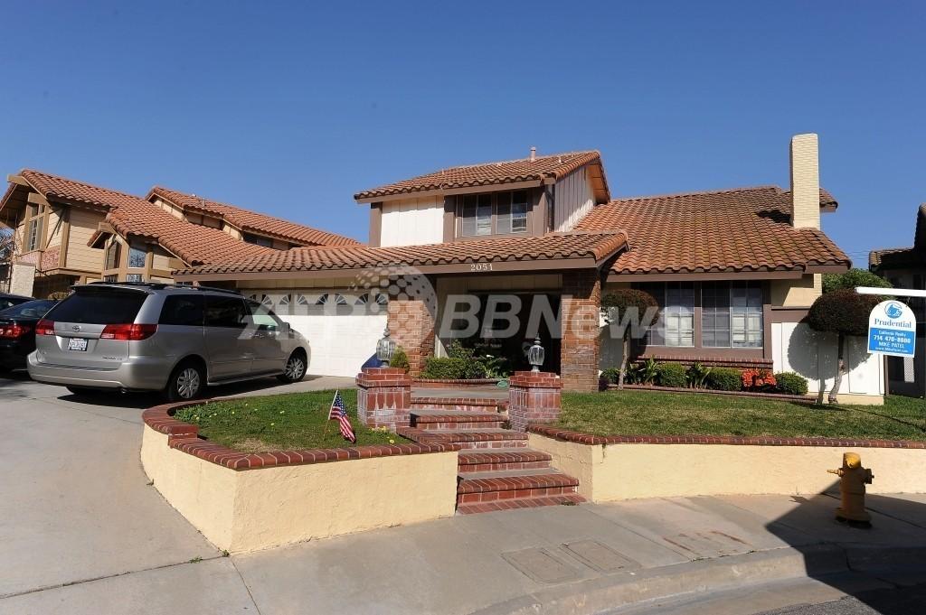 米カリフォルニアの8つ子一家、広い新居に引っ越し