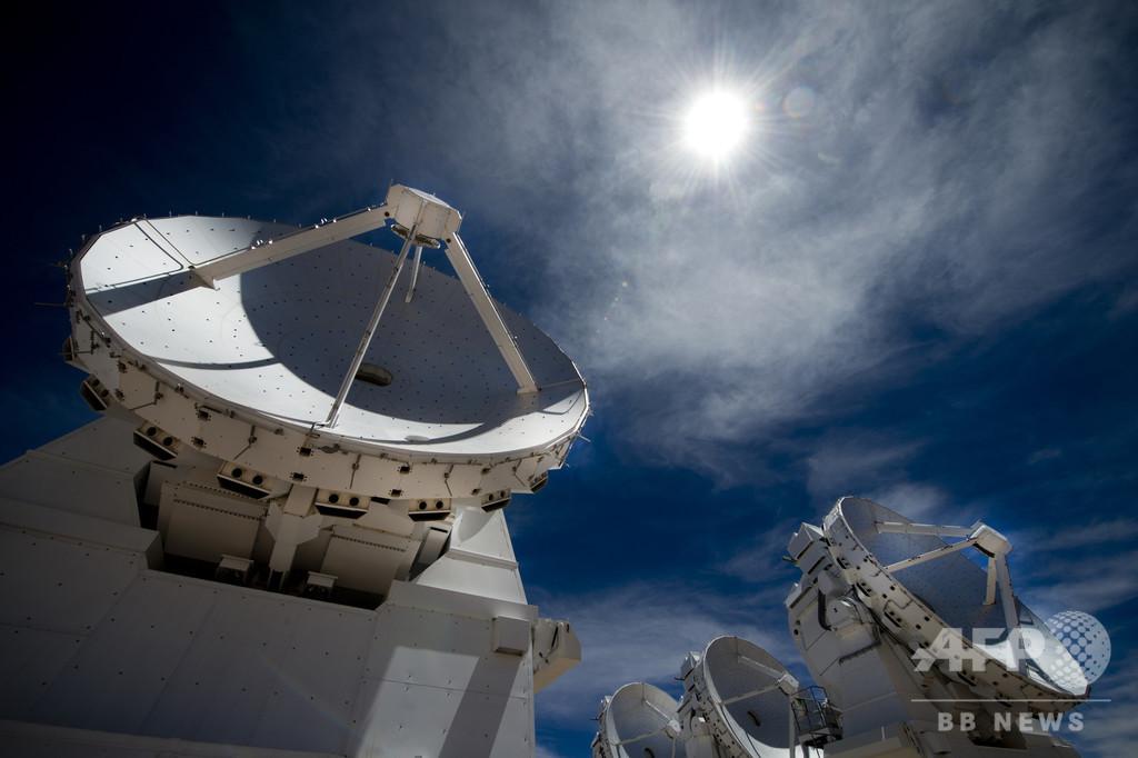 史上初のブラックホール画像、来週公開か 国際プロジェクト「EHT」