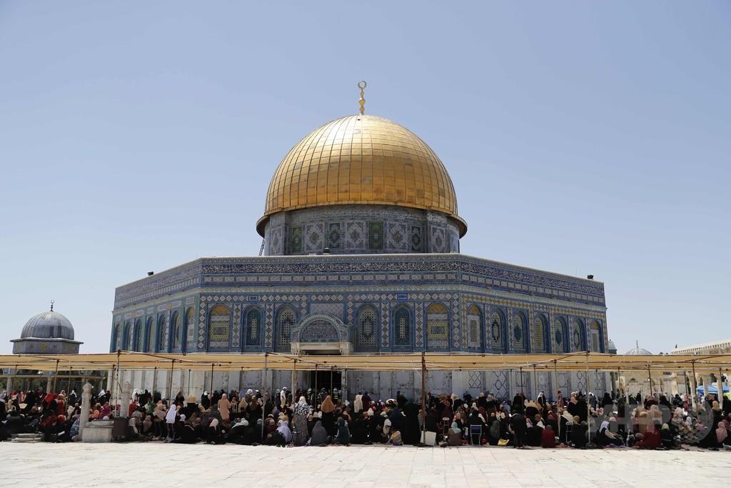エルサレム旧市街で断食月「ラマダン」始まる 武装警官が警備