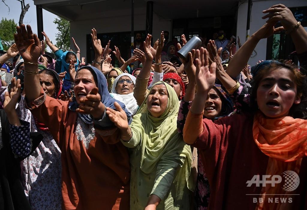 検問所で男性射殺、抗議のデモ隊 軍と衝突 インド・カシミール