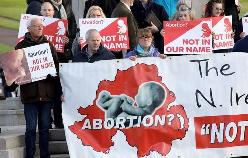 同性婚と中絶の権利、北アイルランドにも拡大