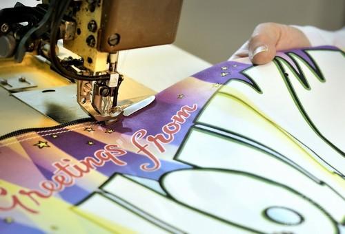 「ジェレミー・スコット・フォー・ロンシャン」10周年記念バッグ、オンライン限定発売
