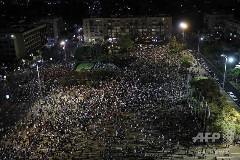 「ユダヤ人国家法」に抗議、アラブ系イスラエル人ら3万人デモ