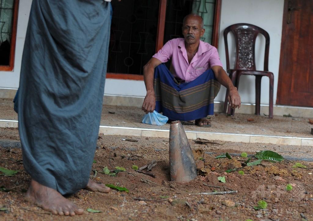 軍武器庫爆発で兵士1人死亡、数百家屋に被害 スリランカ
