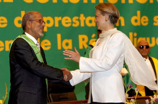 民政復帰完了を告げる新大統領宣誓就任式 - モーリタニア