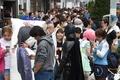 「iPhone 6」発売、中国人バイヤー殺到 「25万円までなら出す」