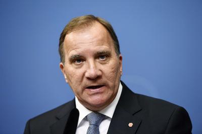 スウェーデン議会、首相の不信任案可決 数週間の政治空白か