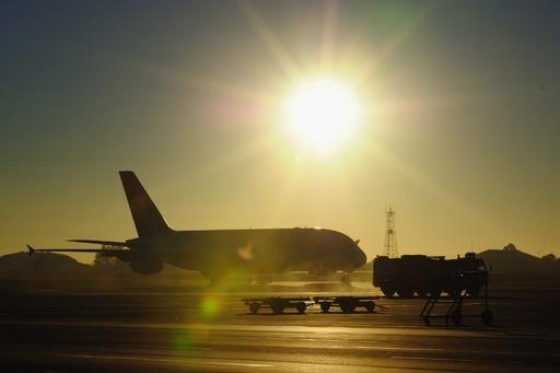 南ア当局、タンザニア航空機を差し押さえ 国有地の補償金未払いで
