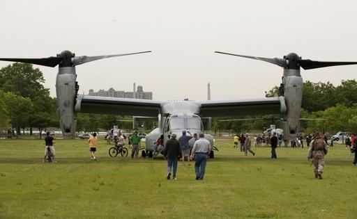 【写真特集】米軍の垂直離着陸輸送機オスプレイ