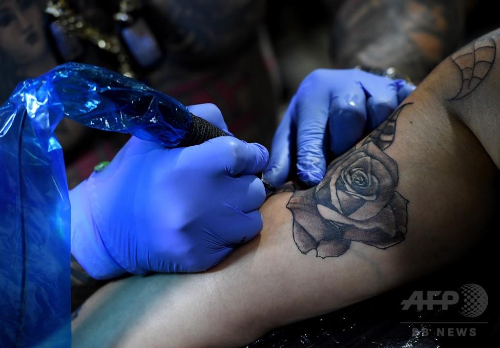 救急患者の胸に「蘇生措置拒否」とタトゥー、医師らの選択は? 米