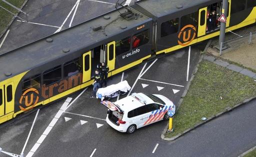 オランダ銃撃、容疑者を逮捕 死者3人、テロの可能性