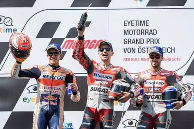 ロレンソがオーストリアGP優勝、マルケスとのデッドヒート制す