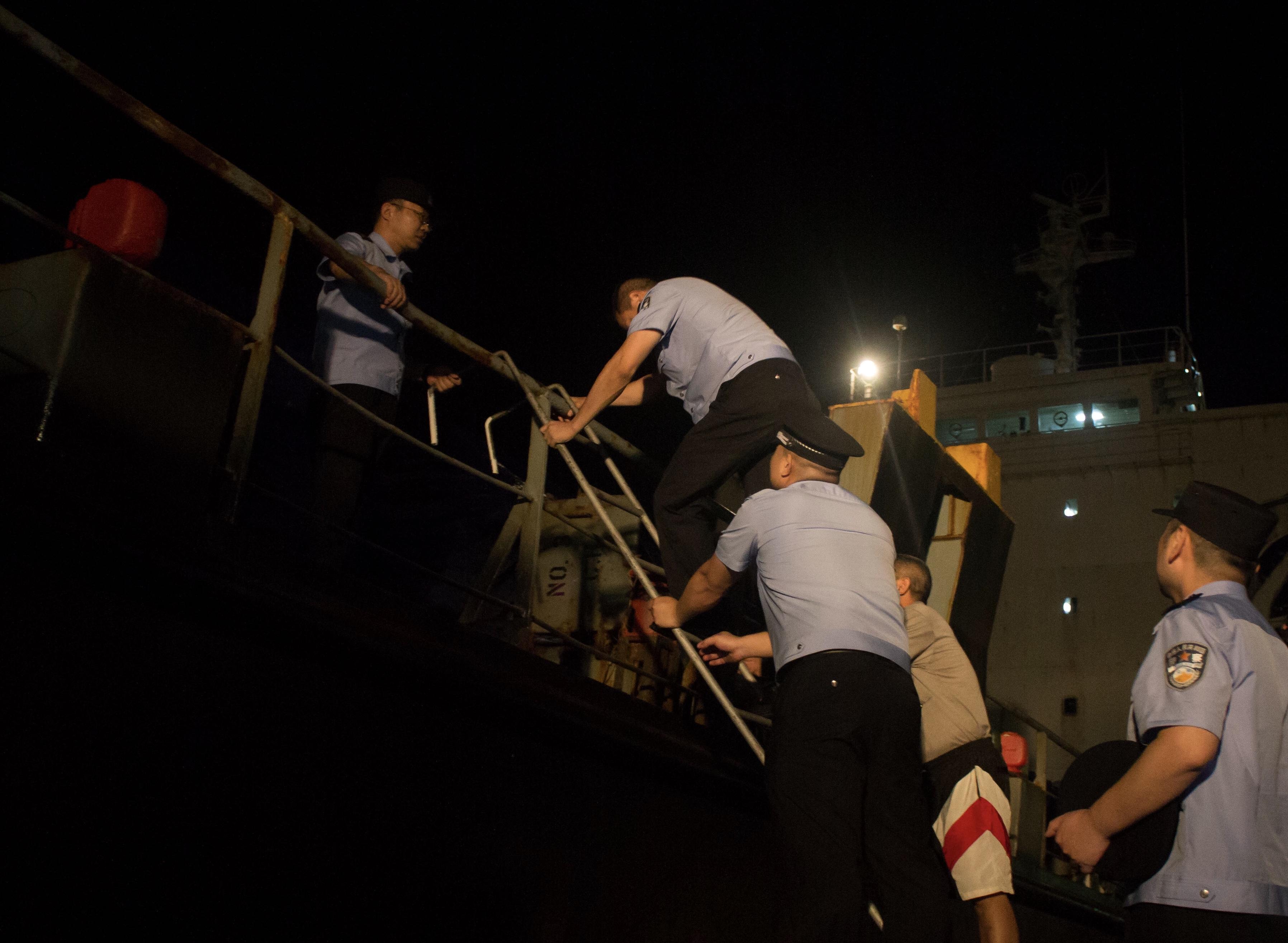 張家港で密輸船摘発 積み荷は冷凍品2000トン 江蘇省