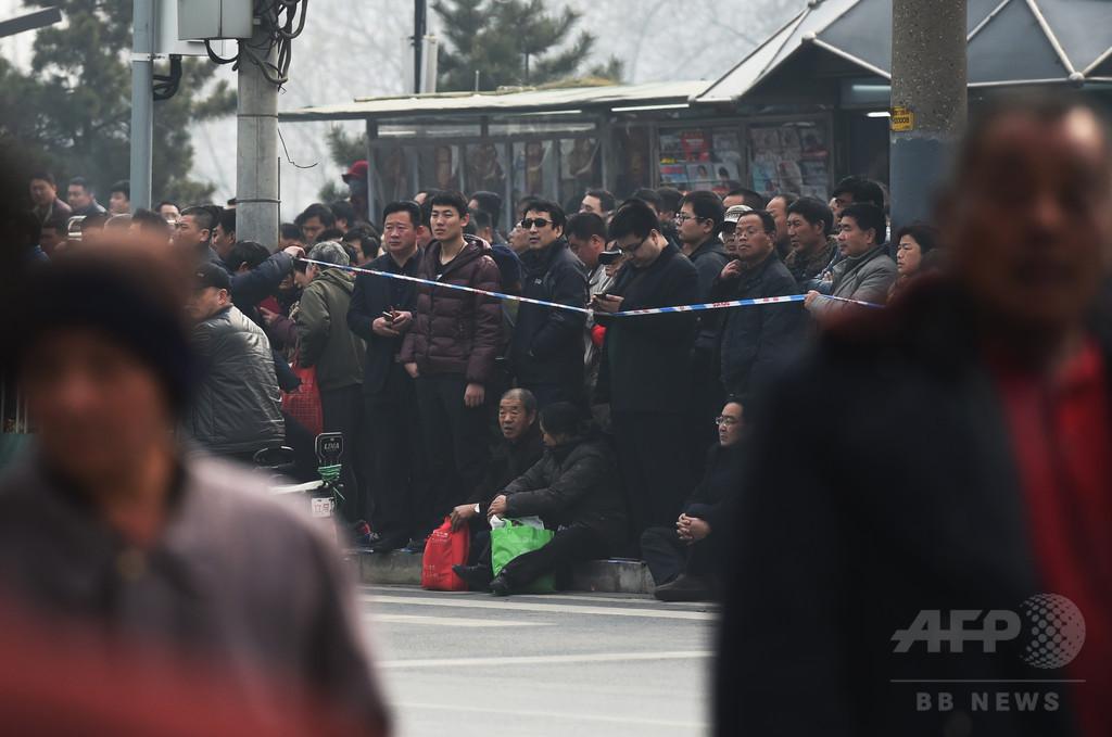 英取材チーム、中国で襲われ警察には「自白」強制される