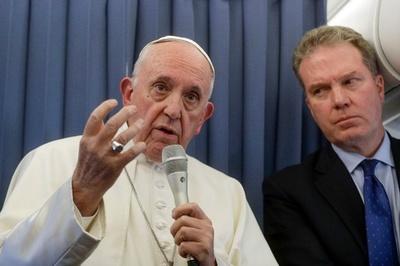 ローマ法王、同性愛傾向を示す子に精神医学の支援推奨