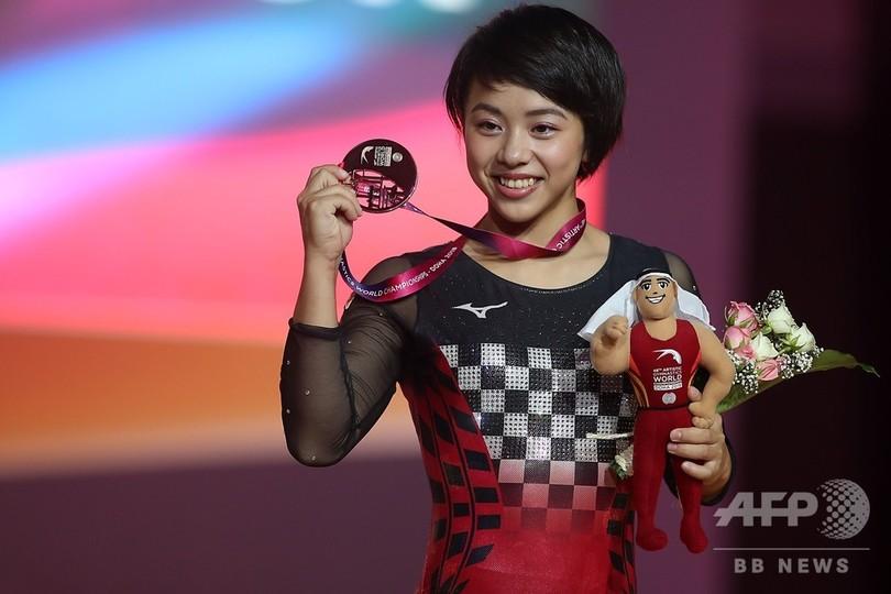 村上、種目別女子ゆかで銅メダル獲得 世界体操
