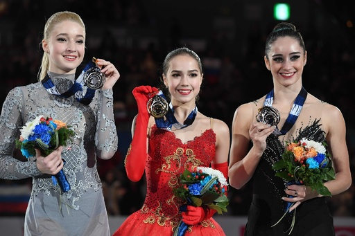 15歳のザギトワ、GPファイナル女子シングルを逆転で制覇