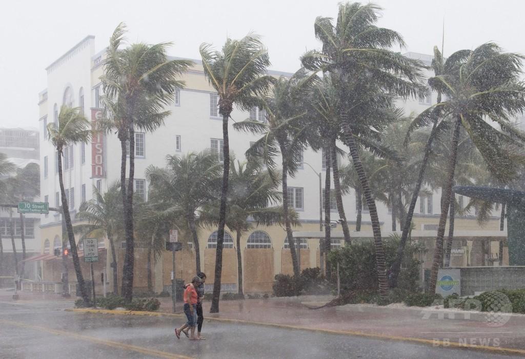 ハリケーン「イルマ」 キューバから米フロリダ州へ 630万人に避難命令