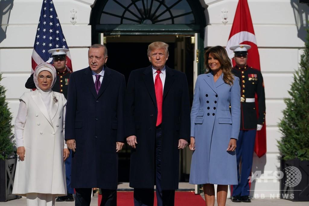 訪米のトルコ大統領に「大ファン」とトランプ氏、クルド問題には言及せず