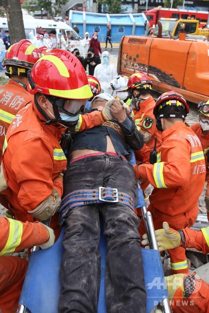 中国の隔離施設倒壊、母子を救出 死者は10人に