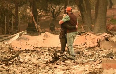 米カリフォルニア州森林火災、死者44人に トランプ氏が「大規模災害」を宣言