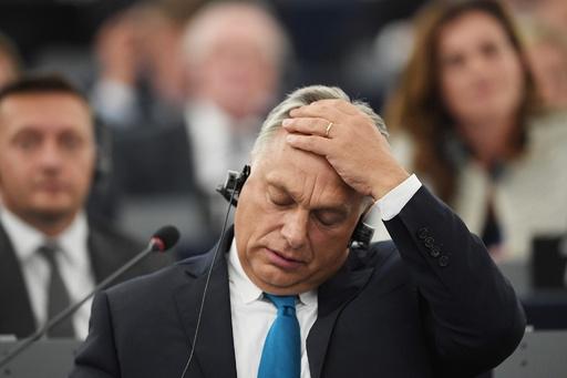 欧州議会、ハンガリー政府への制裁手続き開始 基本的価値観への「脅威」指摘