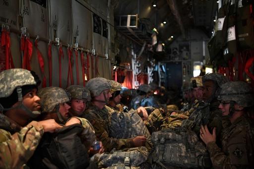 トランプ氏、移民集団めぐる国境派兵「最大で1万5000人」 アフガンと同規模