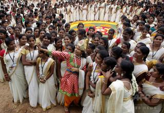 女性に無料で豊胸手術 「美しく見える権利ある」  印タミルナド州