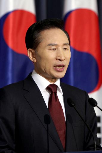 韓国大統領、新年演説で経済再生を強調