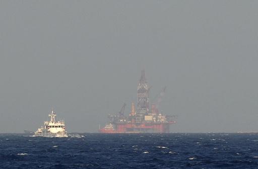 中国、南シナ海での掘削作業終了