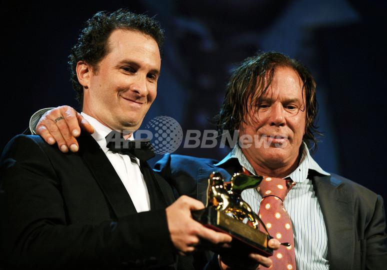 米映画『レスラー』、金獅子賞を受賞 ヴェネチア国際映画祭