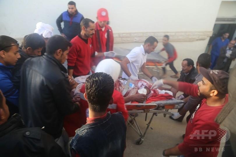 エジプトのモスク襲撃、死者235人に 近年最悪の惨事