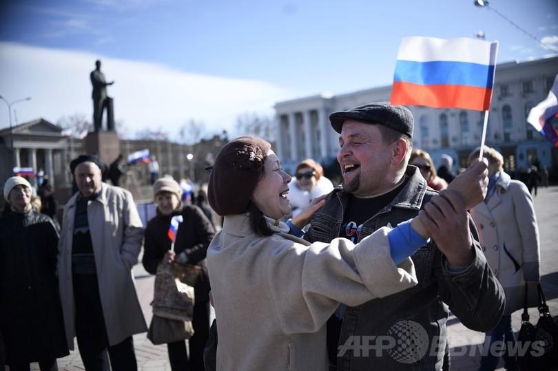 プーチン露大統領、クリミアを独立国家と承認