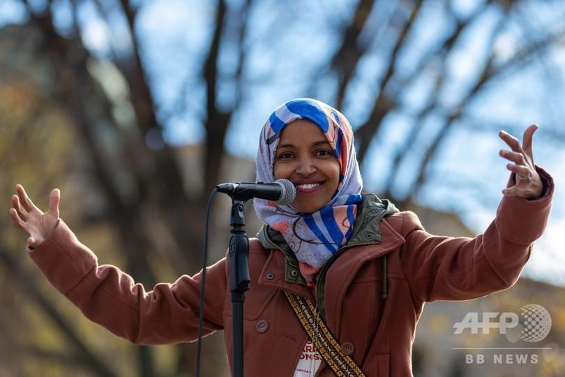 ムスリム女性初の連邦議員2人、元難民とパレスチナ系移民 米中間選挙