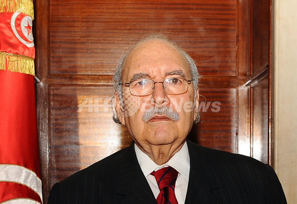 政権崩壊のチュニジア、暫定大統領にメバザア下院議長