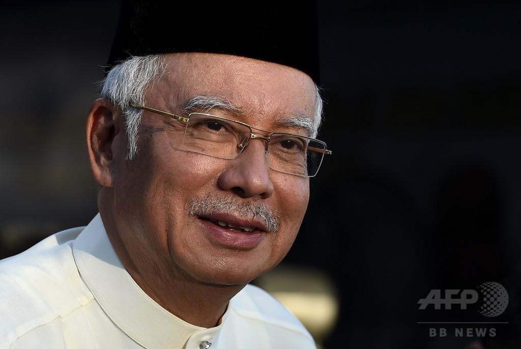 マレーシア首相に汚職疑惑、政府系ファンドから個人口座に?