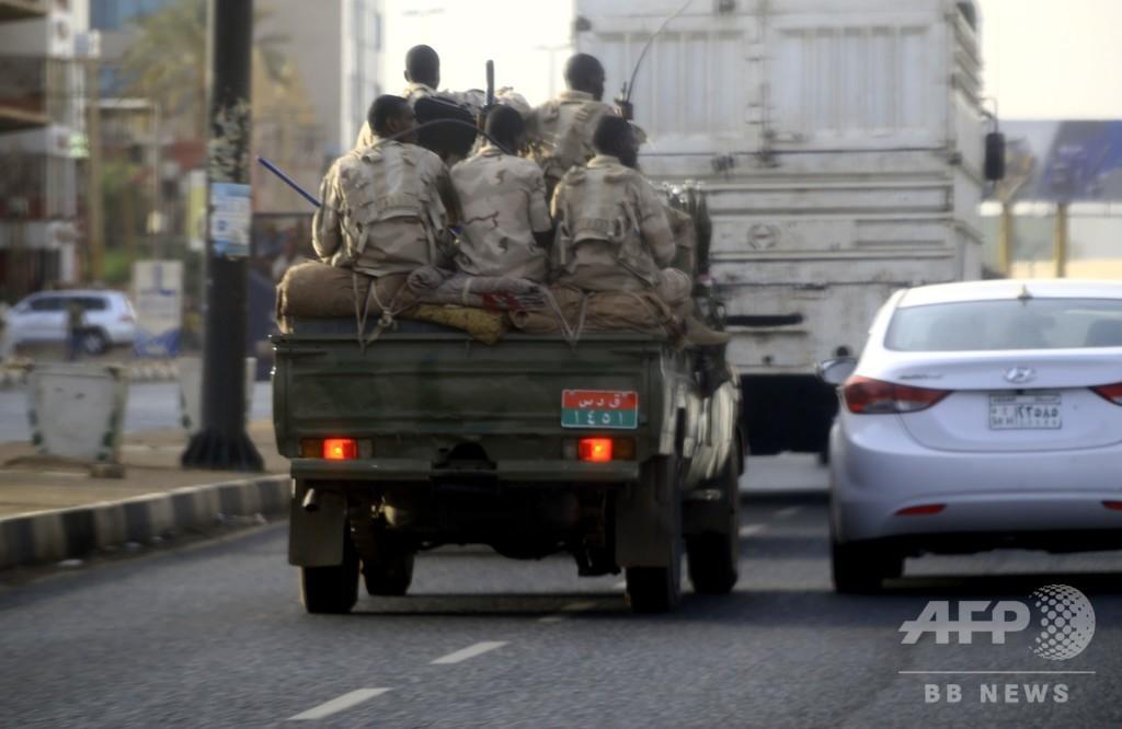 スーダン治安部隊が組織的に病院襲撃、レイプも 医師らが訴え