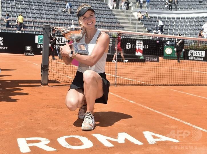 スビトリーナがイタリア国際連覇、女王ハレプは全仏前に負傷か
